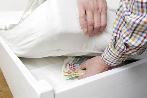 nơi giấu tiền an toàn trong nhà bạn chống trộm chống lục lọi